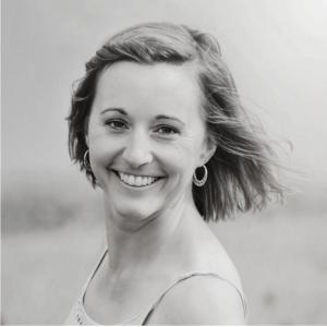 Podcast Blogpost Cover_Small_Nadine Brotschi