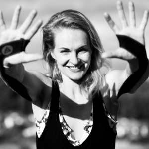 Life Curation Podcast featuring Stefanie Zimmermann Castson